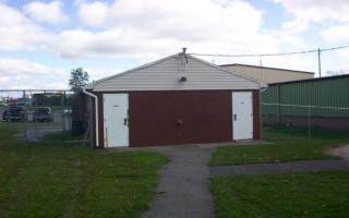 Buffalo Road Lodge Outside Side View